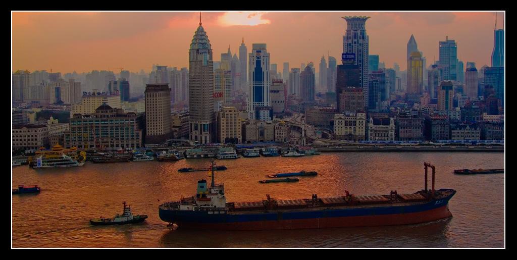 IMAGE: http://www.dacamerawork.com/bin/shanghai_srgb.jpg